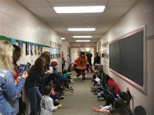 High Fives with Gritty